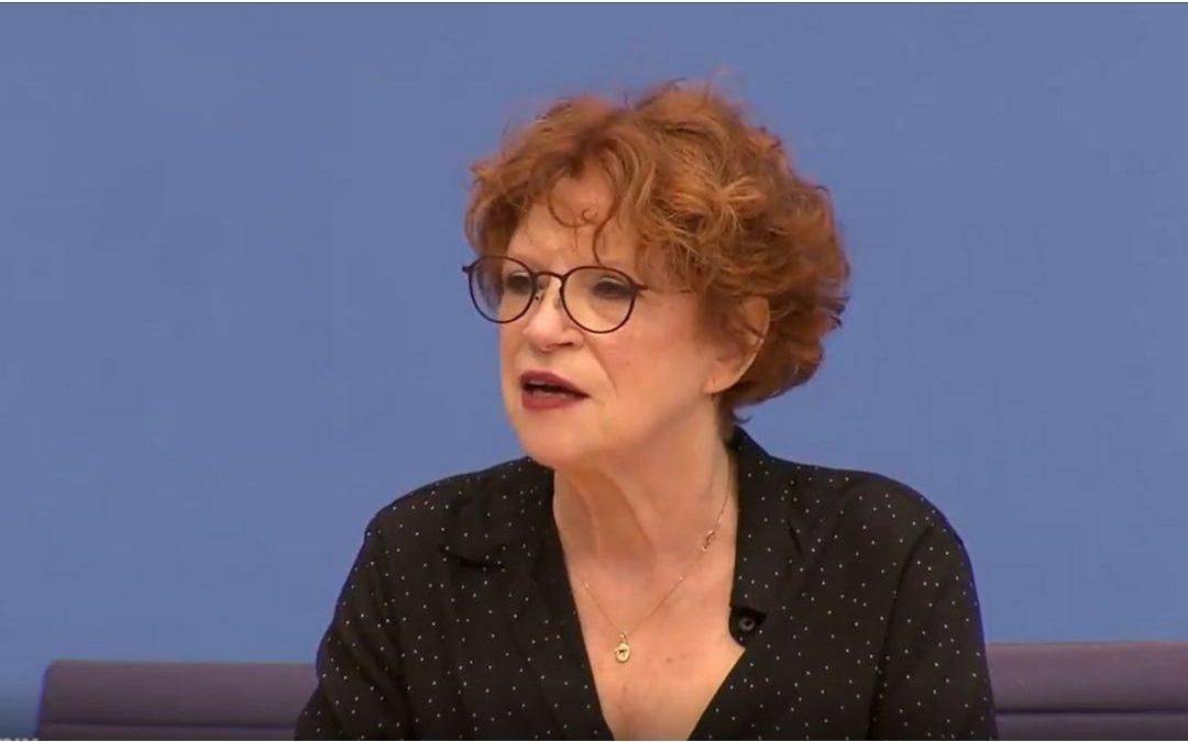 Anetta Kahane, stellt klar: Wer auf eine Demo geht, um seine Grundrechte einzufordern, ist ein Antisemit