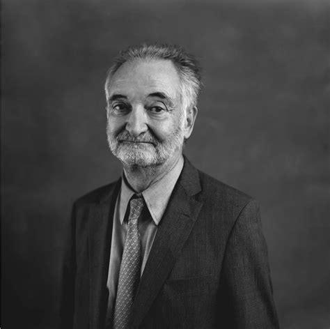 Die Dummen werden sich freiwillig töten lassen — Jacques Attali 1981